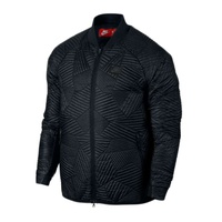 Куртка Nike NSW Synthetic Fill Bomber 010